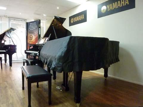 Piano Cover Grand 186