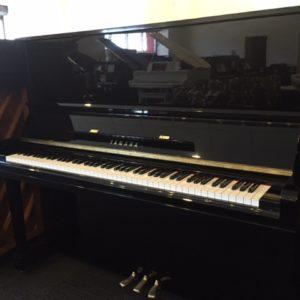 Yamaha U30BL Used Piano
